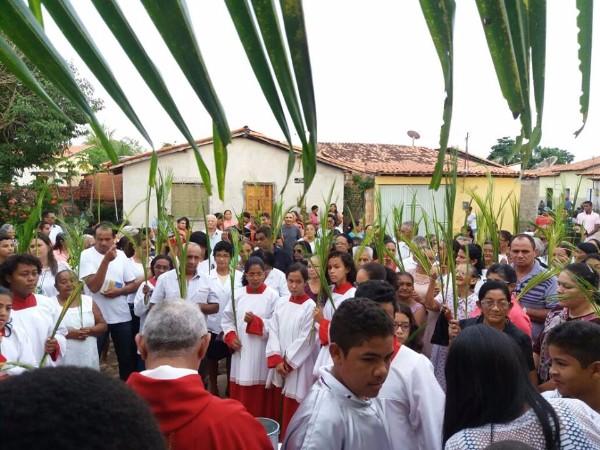 Veja como foi o Domingo de Ramos em Barras