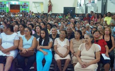 Veja como foi a segunda noite dos Festejos da Imaculada Conceição em Barras.