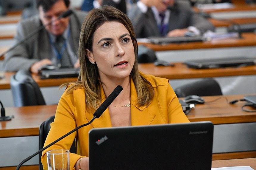 A senadora Soraya Thronicke é autora do substitutivo ao PLS 580/2015 aprovado na Comissão de Direitos Humanos