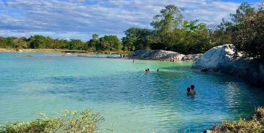 Lagoa Azul é a grande atração em Barras