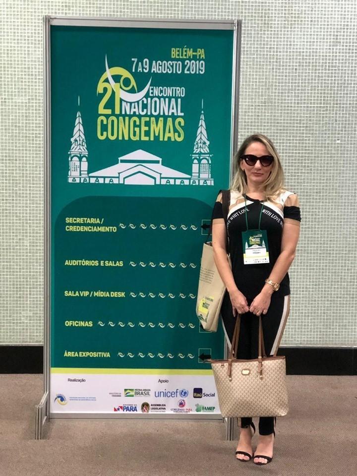 Secretária de Assistência social de Barras em Encontro da COGEMAS em Belém PA