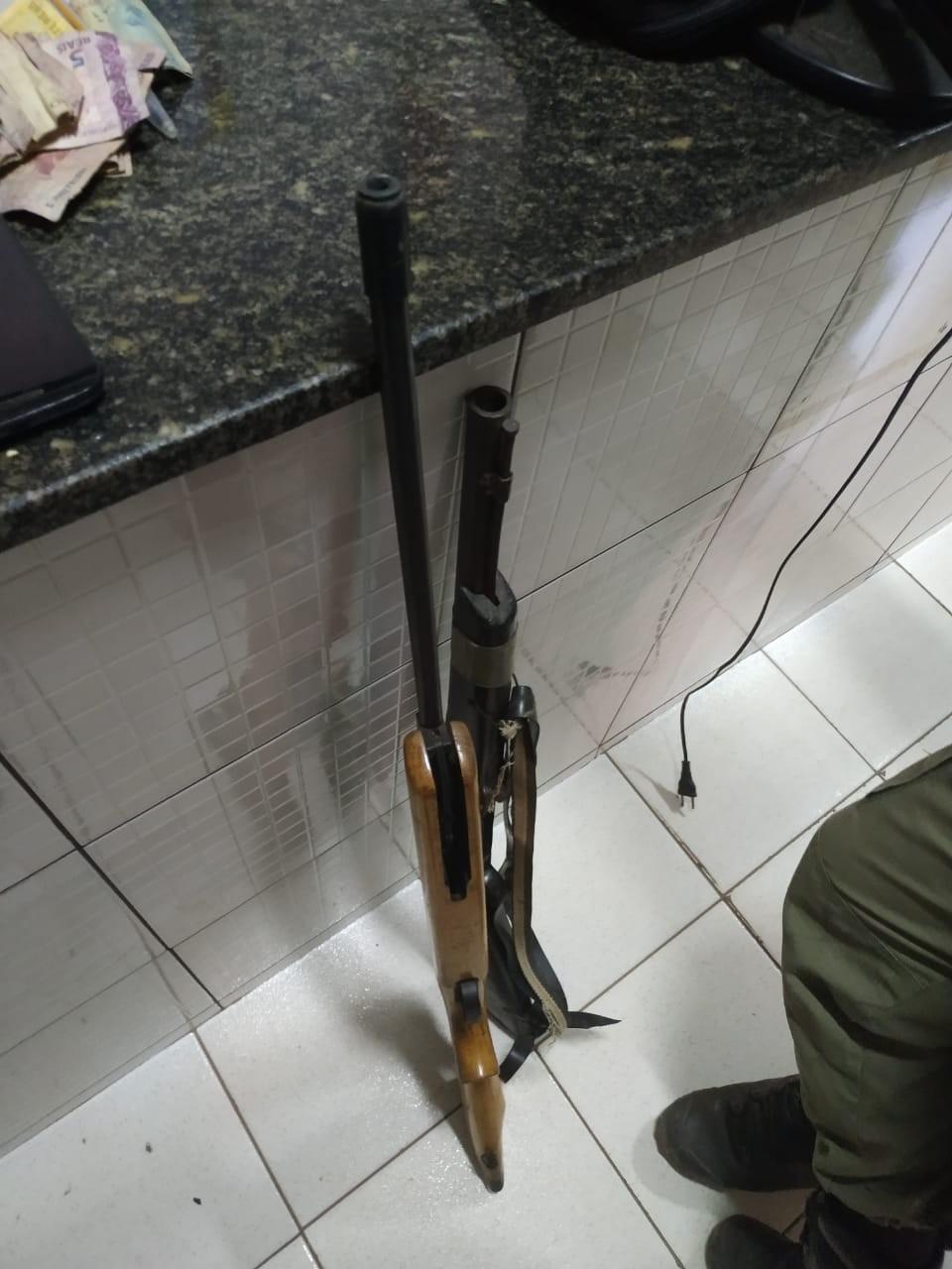 Homem é preso por tráfico, posse ilegal de arma de fogo e receptação nas Pedrinhas