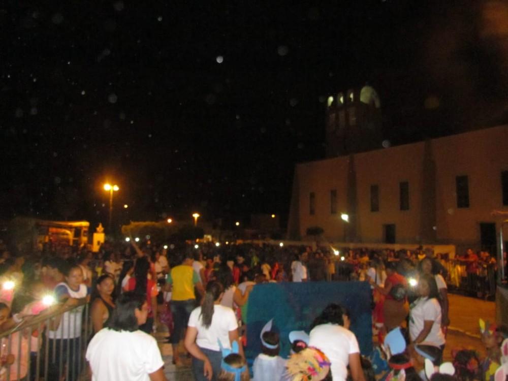 Semed Barras realiza desfile cívico com alunos da Educação Infantil