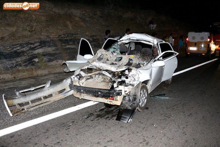 Três pessoas morrem em grave acidente na BR-407, no Piauí