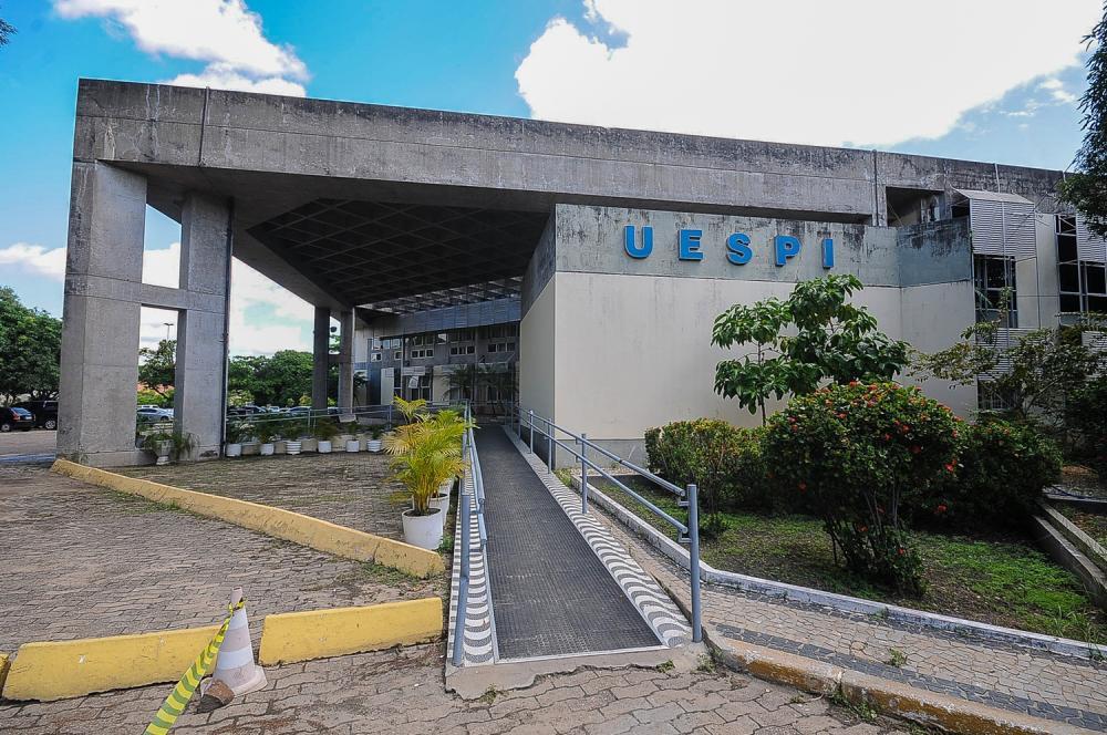Universidade Estadual do Piauí / Foto: Folhadeoeiras