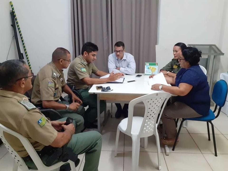 Semed Barras PI firmou parceria para implementação do Programa Educacional de Resistência às Drogas (PROERD)