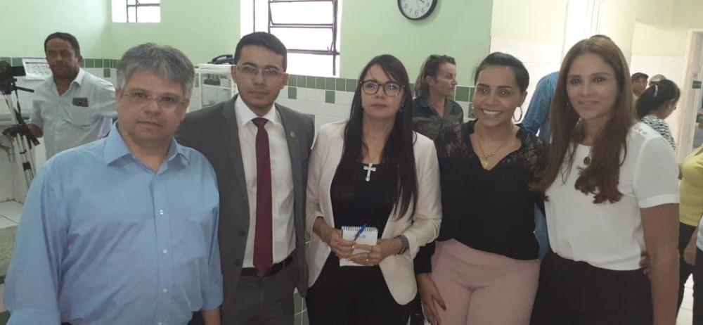 Deputados estaduais fiscalizam Hospital Leônidas Melo e fazem relatório para entregar ao governador Wellington Dias