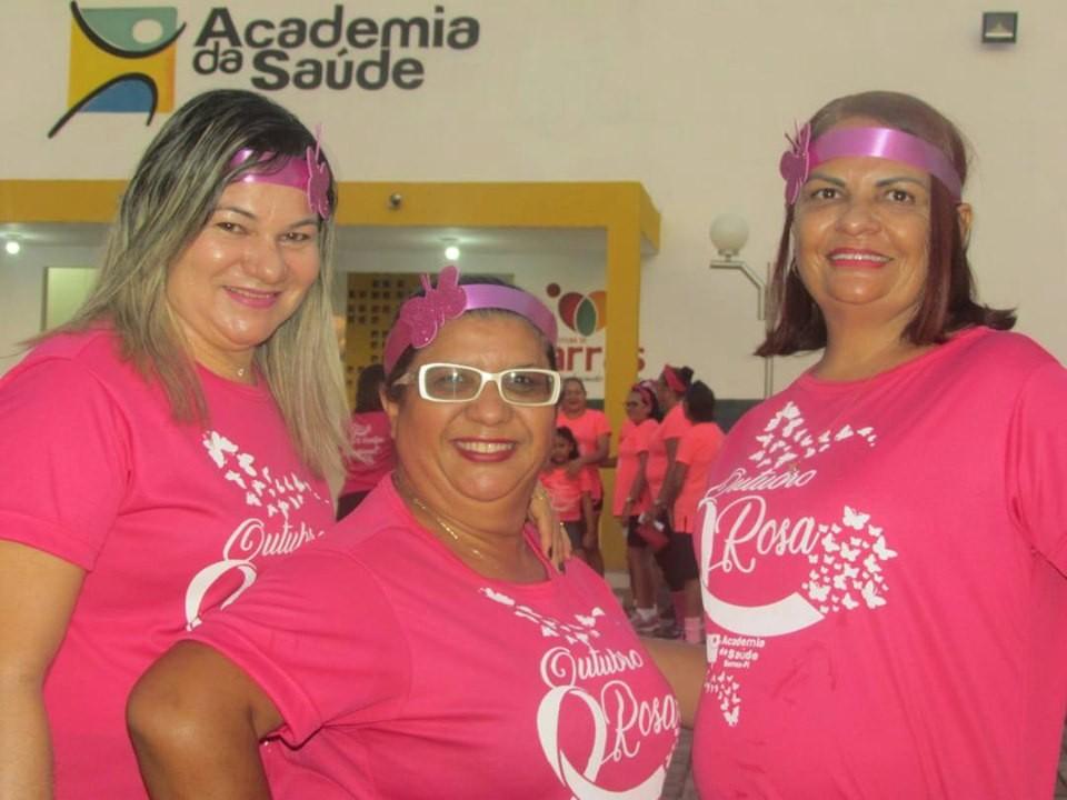 Academia da saúde realizou aulão alusivo ao Outubro Rosa