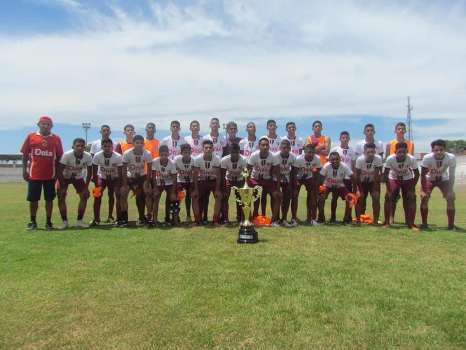 Fluminense de Teresina é o campeão em Barras PI