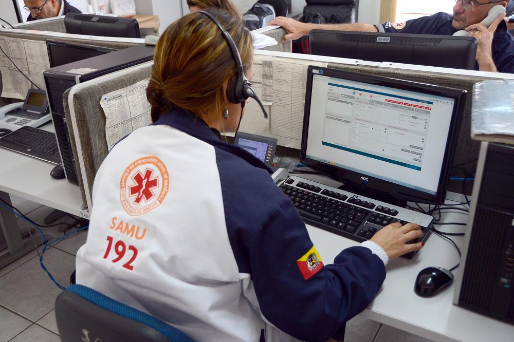 Lei é sancionada e trotes ao 190, 192 e 193 podem gerar multa de até R$ 529 no Piauí