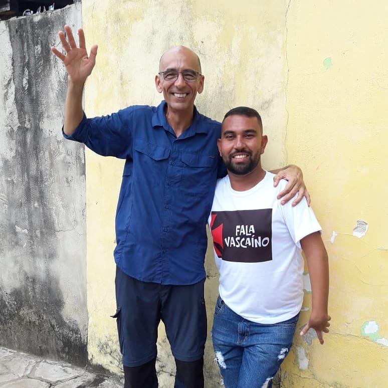 José Filho Guerreiro com o repórter Régis Rosing da TV Globo