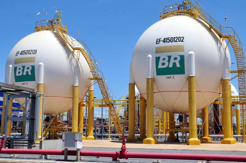 Abastecimento de combustíveis pode ser afetado com a greve dos petroleiros