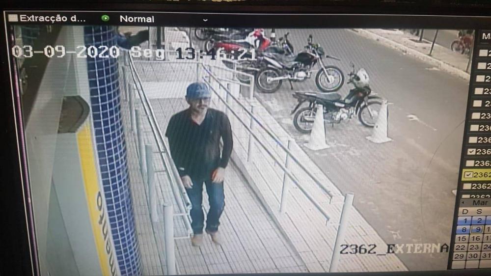 Homem é baleado em frente agência bancária no Piauí