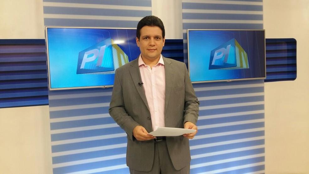 Marcelo Magno está sem febre e com 'boa respiração', diz novo boletim