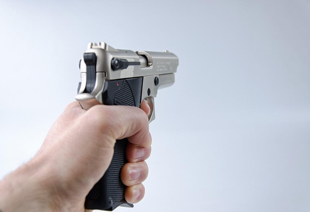 Homem é baleado após reagir assalto na zona rural de Barras