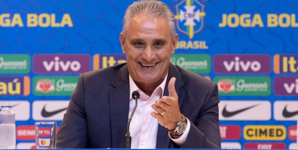 Tite diz que Neymar não é insubstituível e que seu auge foi no Barcelona
