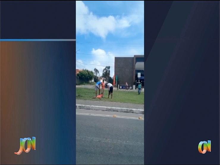 Mãe e filha são vítimas de agressão durante roubo; o acusado apanhou