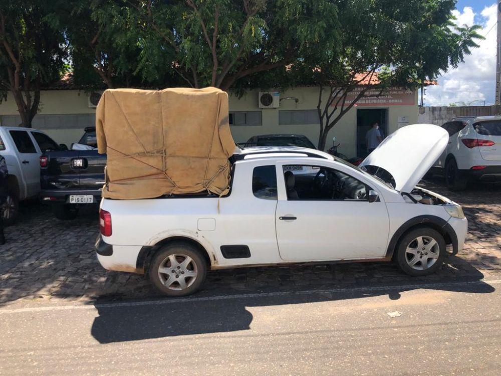 Força Tática prende homem com animais roubados no Piauí