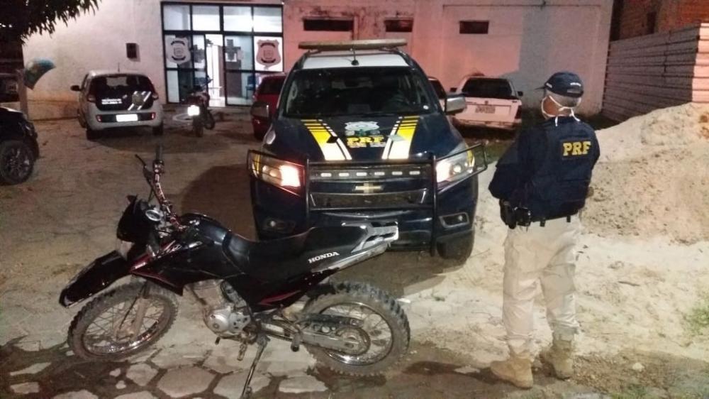 Suspeitos de tráfico de drogas são presos pela PRF na BR-135