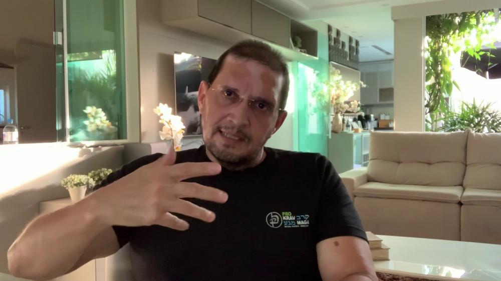 Médico cubano que atuou em Barras PI, cria novo tratamento contra covid-19