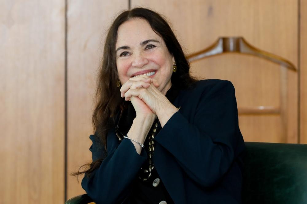 Regina Duarte deixa a Secretaria da Cultura para assumir a Cinemateca SP