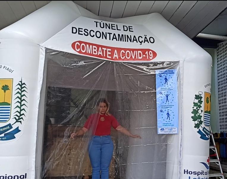 Túnel de desinfecção é instalado na entrada do hospital Leônidas Melo em Barras