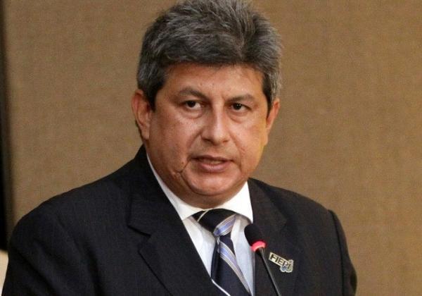 Ex-governador Zé Filho tem alta após ser internado com suspeita de covid-19