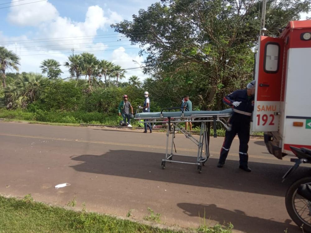 Três pessoas saem feridas em acidente próximo a ponte do pesqueiro, em Barras - Fotos: whatsapp