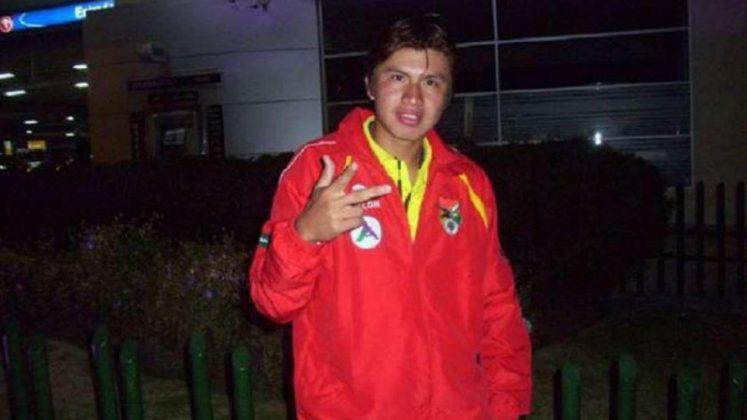 Jogador boliviano é o primeiro caso fatal de Covid-19 no futebol