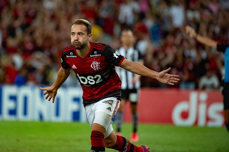 Flamengo e Bangu jogam nesta quinta na reabertura do campeonato carioca