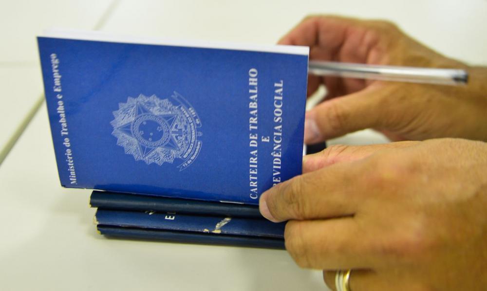 Carteira Verde e Amarela atenderá 30 milhões do auxílio emergencial