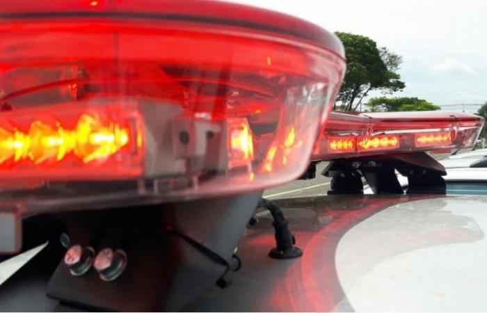Veículo atropela três pedestres na BR-316; uma pessoa morreu