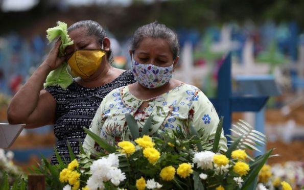 Cientistas avisam: surto de covid-19 nas Américas está longe de acabar