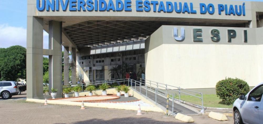 Uespi abre processo seletivo de estágio para cursos de Administração e Agronomia