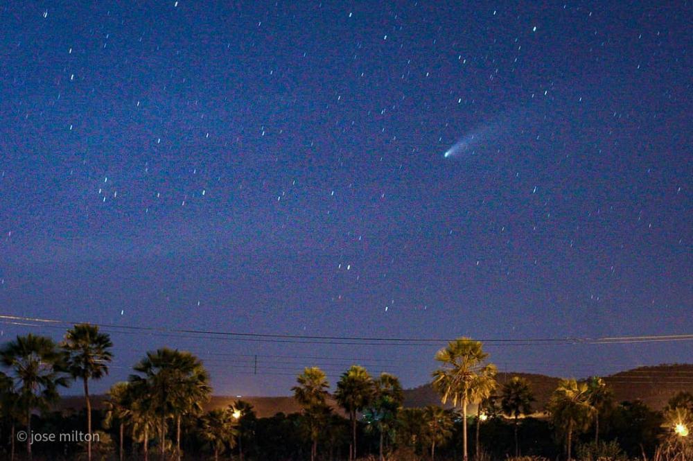 Fotógrafo piauiense registra passagem do cometa Neowise