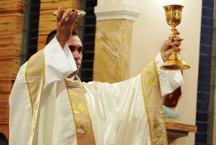 Agente da Polícia Civil é ordenado padre no Piauí