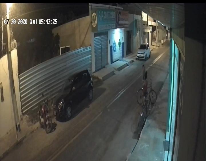 Assalto no centro da cidade de União e registrado por câmeras