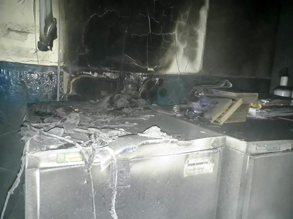 Em Barras, Incêndio destrói equipamentos da Escola Estadual Nossa Senhora da Conceição