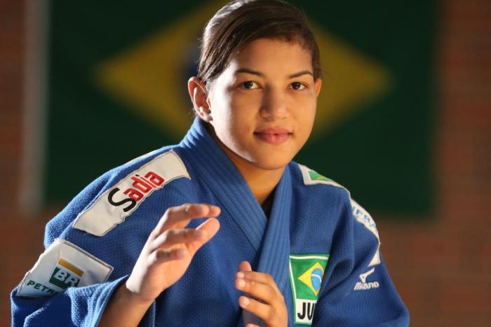 Judoca piauiense Sarah Menezes será homenageada em calçada da fama no RJ