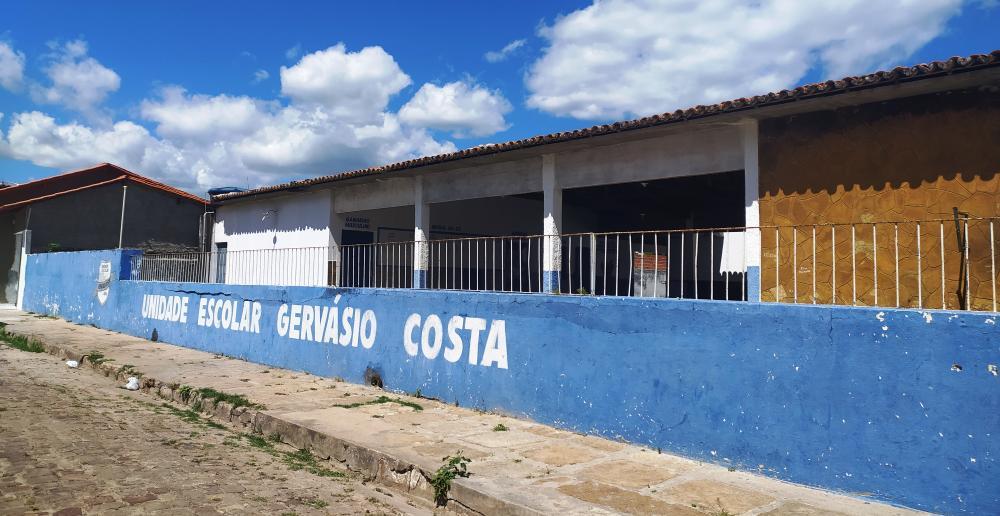 Volta às aulas deve iniciar por alunos do 3º ano do ensino médio no Piauí