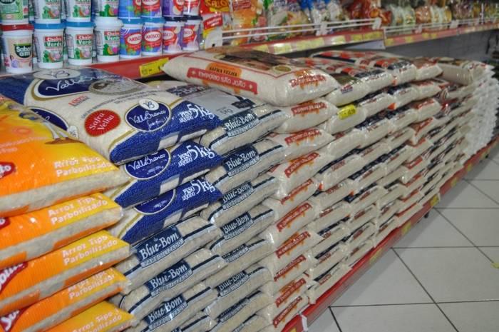 Arroz chega a custar R$ 40, e setor diz que preço deve continuar em alta