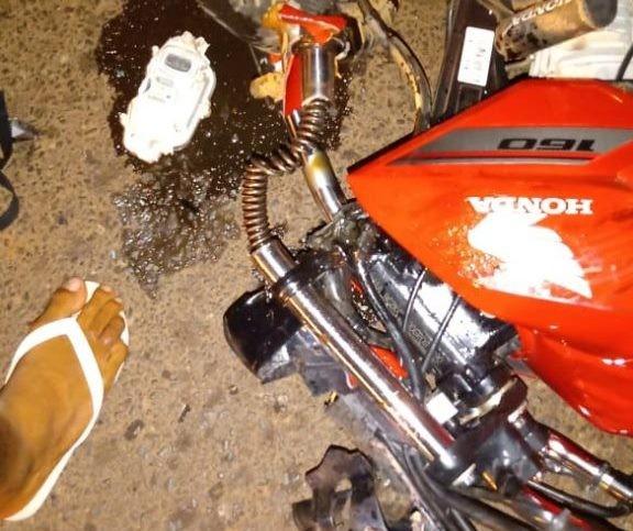 Colisão frontal entre motos deixa três pessoas feridas na ponte do pesqueiro em Barras