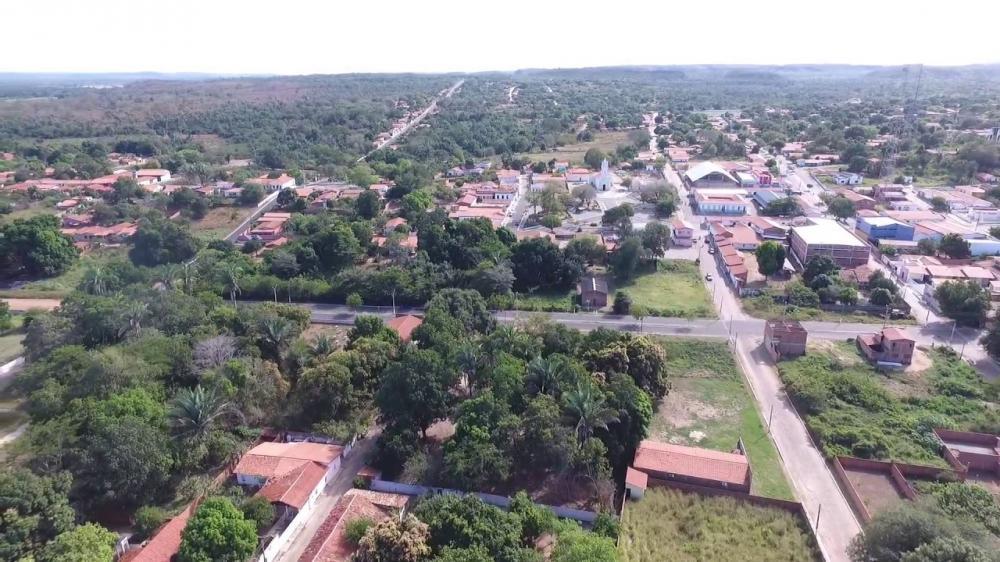 Garota de 10 anos é raptada na porta de casa em Palmeirais
