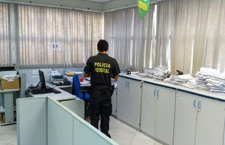 PF cumpre 8 mandados por fraude em pensão por morte e auxílios no PI e MA