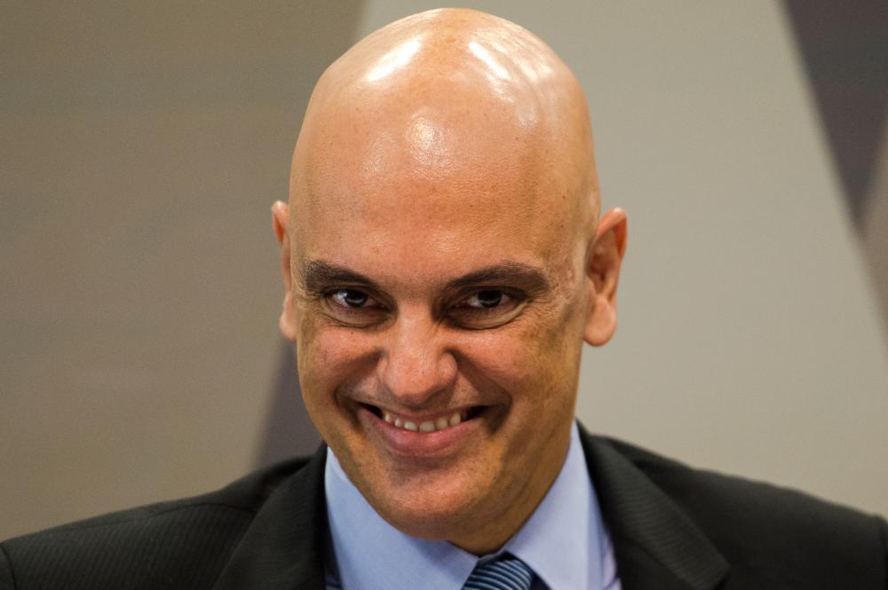 Ministro do ST Alexandre de Moraes testa positivo para covid-19