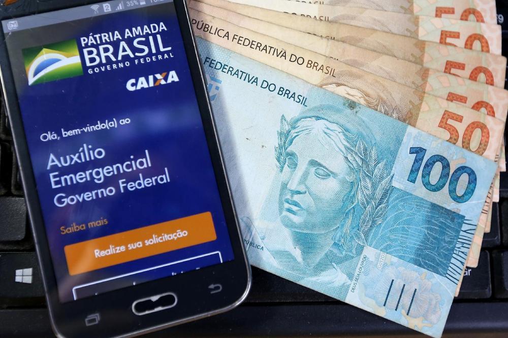 Mais 9,4 milhões recebem hoje novas parcelas do auxílio emergencial