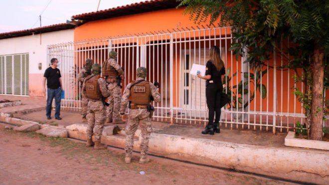 Gaeco cumpre 19 mandados contra desvios de recursos em oito cidades do Piauí