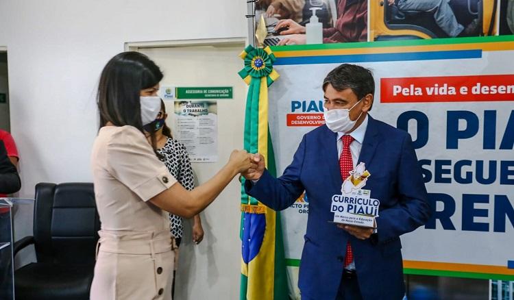 Estado do Piauí fará formação de 25 mil professores