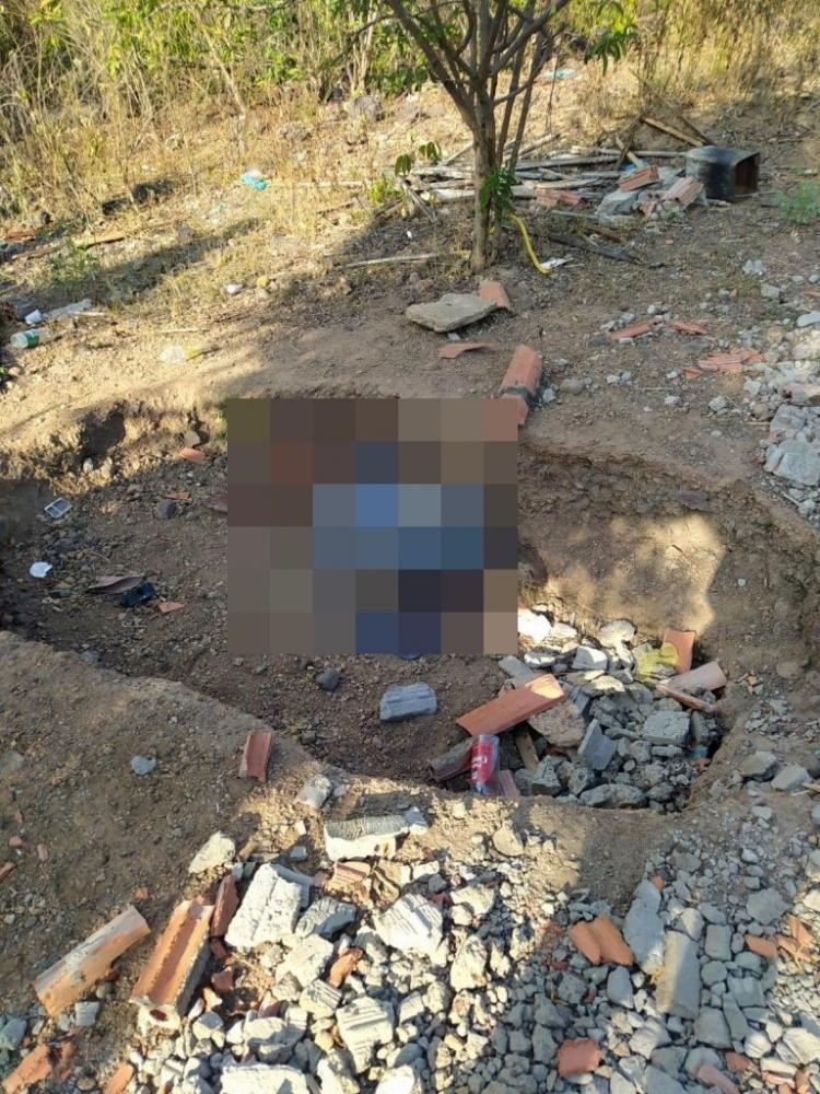 Corpo de idosa é encontrado dentro de buraco em São João do Arraial