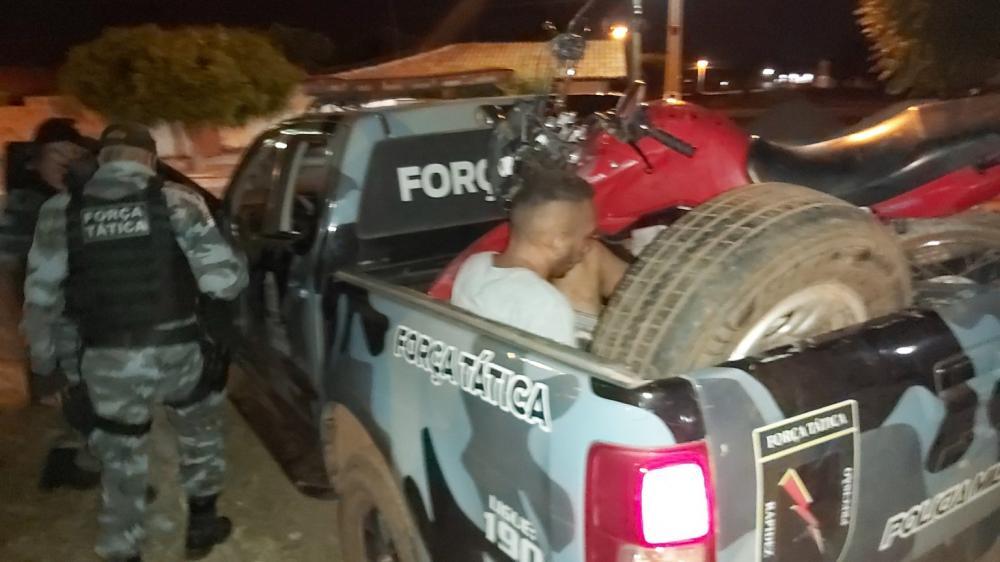Suspeito é preso após roubar moto e sofrer grave acidente em José de Freitas